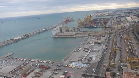 Vista aérea del Puerto de Barcelona.