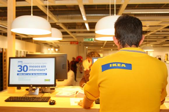 Ikea noticias ikea se lanza a la venta de muebles de for Busco muebles de segunda mano