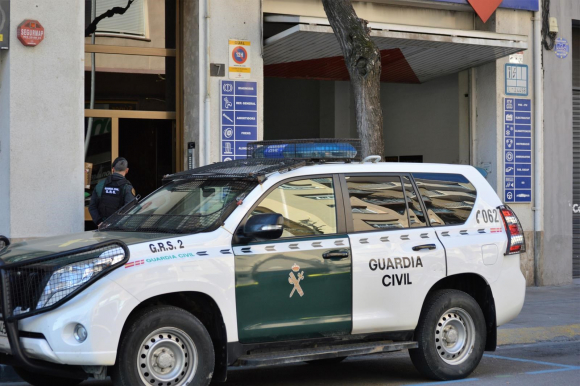 Una patrulla de la Guardia Civil