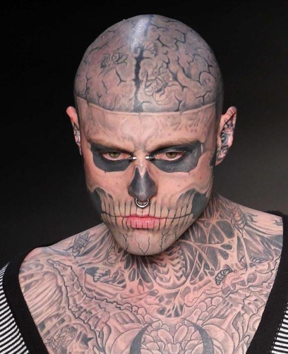 Lady Gaga Tatuajes muerte zombie boy - fallece el modelo 'zombie boy', famoso por sus