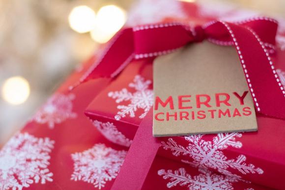 Los 10 Regalos Perfectos Para Navidad Por Menos De 30 Zara Fnac