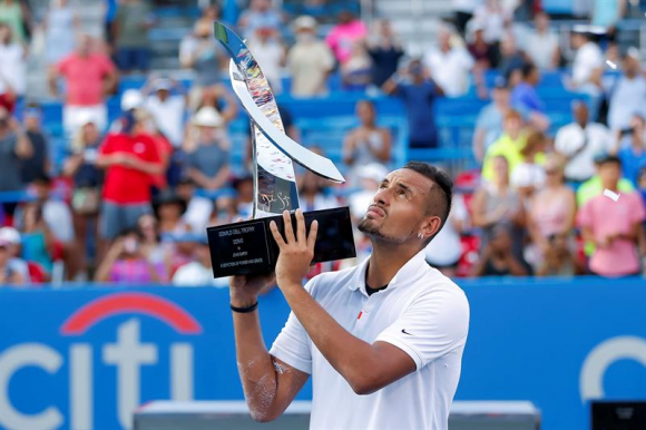 Nick Kyrgios of Australia holds the winner's trophy after defeating Daniil Medvedev of Russia during the men's singles final match in the Citi Open tennis tournament at the Rock Creek Park Tennis Center in Washington, DC, USA, 04 August 2019. (Tenis, Abie