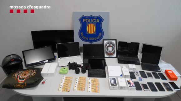 Material intervenida a la banda criminal