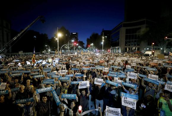 Indignación frente a silencio: así ven los catalanes la detención de 'los Jordis