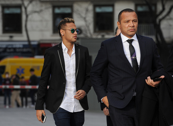 Las dos condiciones del padre de Neymar que evitaron que fichara por el PSG