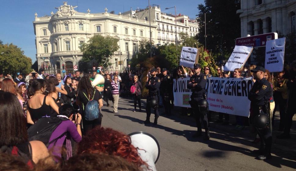 Unas mujeres agredieron a otras en la manifestación contra la ...