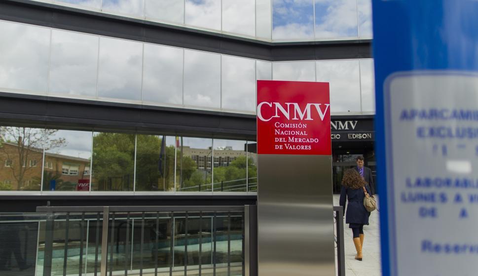 Cnmv Firmas La No Sobre Para Advierte Siete Autorizadas Prestar 35RjAL4