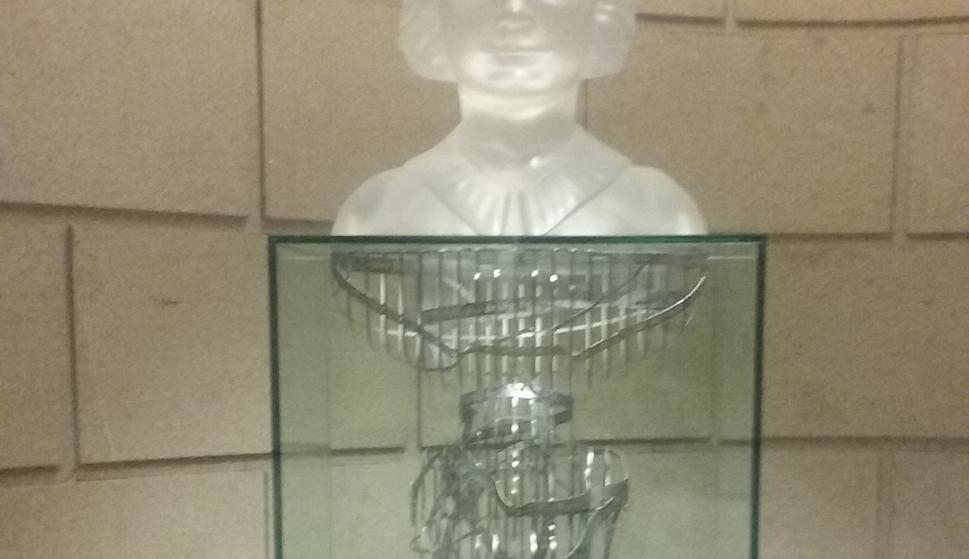 3bd11b553 La sala del Congreso que acogerá el busto de Clara Campoamor también  llevará el nombre de la sufragista española