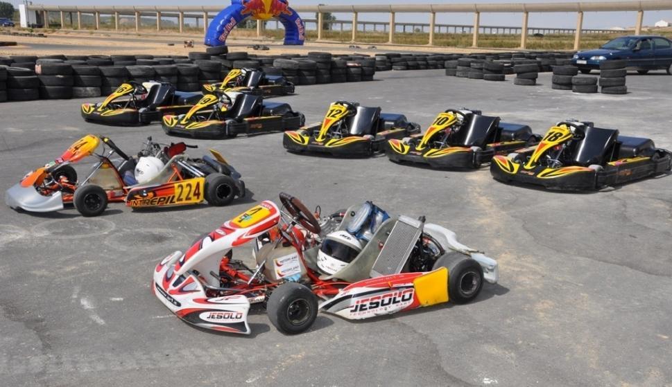 Circuito De Fernando Alonso : Carrea en evento karting museo y circuito fernando alonso carrea