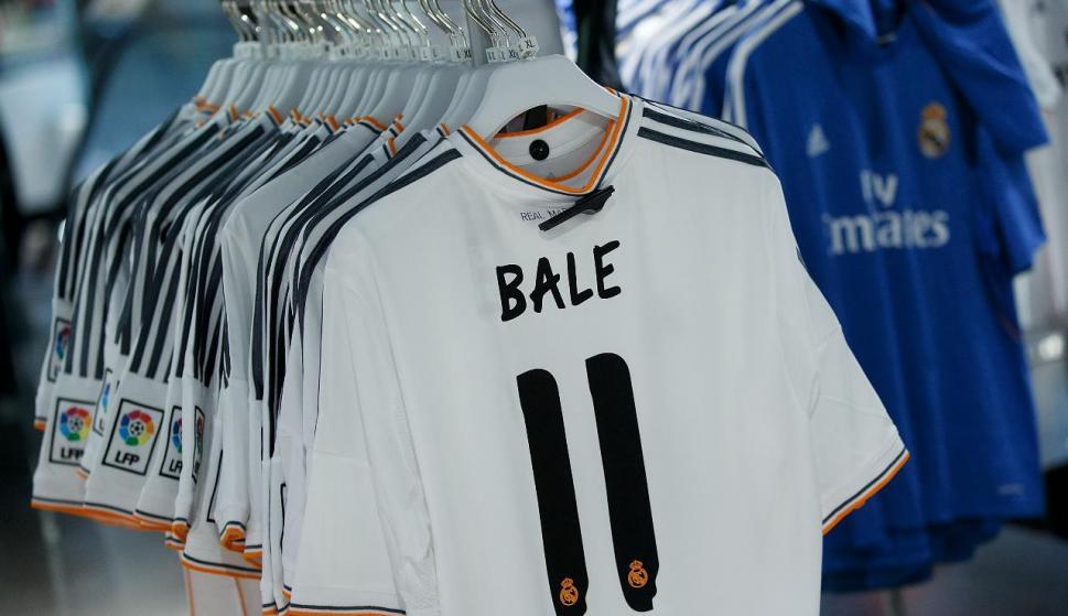 Adiós al mito de la venta de camisetas  el Real Madrid nunca podrá ... 03ea55f2cdc2b