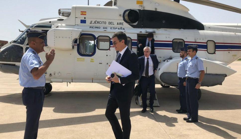 El uso del helicóptero de Pedro Sánchez y su política de gestos y fotos en el centro del debate en la campaña del PP