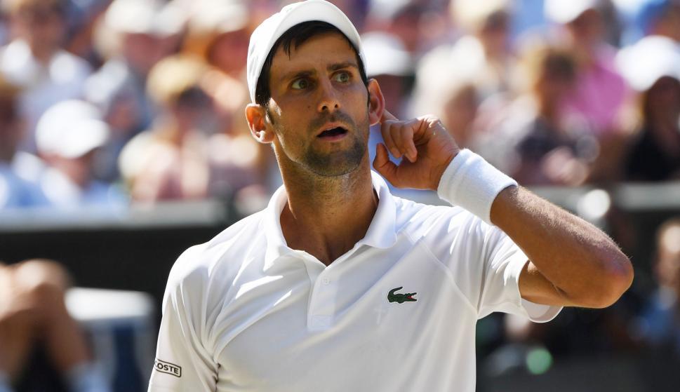 Novak Djokovic se ha convertido en el campeón con ránking más bajo en ganar el título desde el croata Goran Ivanisevic en 2001 (EFE/EPA/GERRY PENNY)