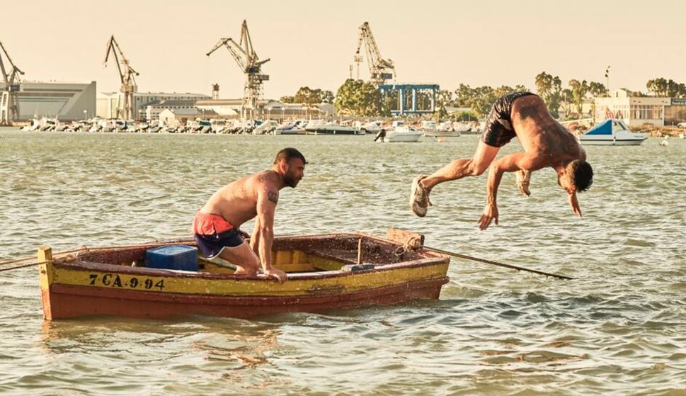 Fotograma de 'Entre dos aguas', la cinta ganadora de la Concha de Oro en San Sebastián
