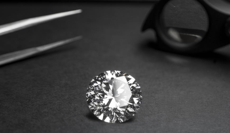 Moon Diamond