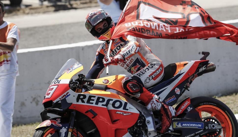 Marc Marquez tras ganar el Gran Premio de España de MotoGP en el circuito de Jerez-Ángel Nieto. EFE/Jose Manuel Vidal