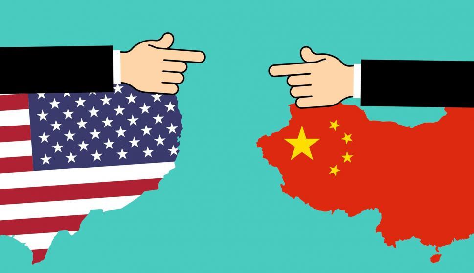 Estados Unidos y China se enfrentan por el control comercial, ¿o hay algo más?. /Pixabay