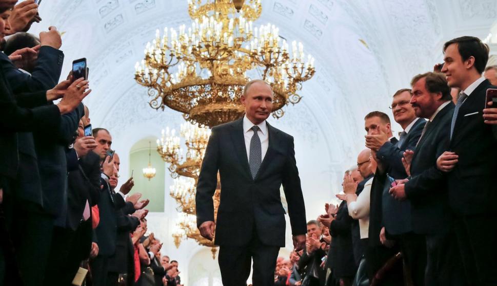 Vladimir Putin en su toma de posesión para el actual mandato, en mayo de 2018. /EFE/ALEXANDER ZEMLIANICHENKO