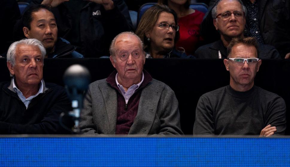 El rey emérito reaparece en Londres para ver el partido de Nadal contra Zverev  en Londres. /EFE/EPA/WILL OLIVER