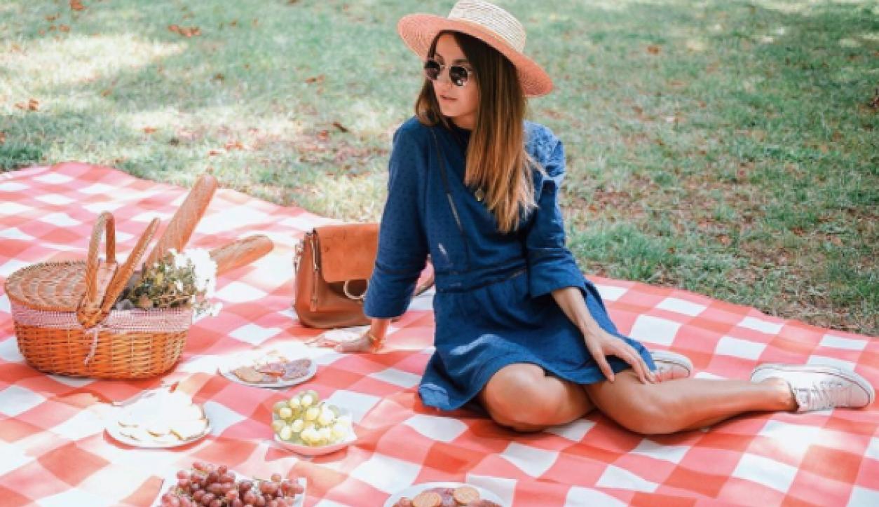 73ddf59555 De influencers a empresarias  las marcas de ropa de las bloggers ...