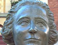 Busto de Clara Campoamor en Madrid