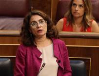 La ministra de Hacienda, María Jesús Montero, durante su intervención en el pleno del Congreso (EFE)