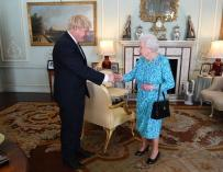 Johnson gets Queen Elizabeth's blessing