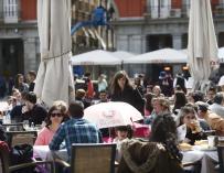Restauración y salas de fiesta no firmarán el acuerdo de hostelería porque no pueden asumir una subida salarial del 17%