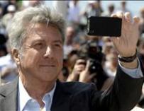 Dustin Hoffman debuta en la dirección con un elenco británico