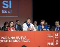 Pedro Sánchez, en un acto con parte de la nueva dirección.