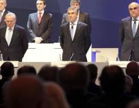 De izquierda a derecha: Isidro Fainé, Francisco Reynés y Salvador Alemany en una junta de Abertis.