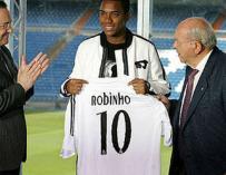 Robinho, durante su presentación con el Real Madrid.