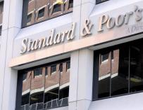 Standard and Poor's rebaja la calificación de siete entidades financieras italianas