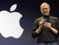 Steve Jobs durante el lanzamiento del iPhone en 2007