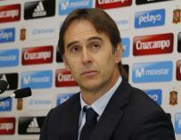 """Lopetegui: """"Iniesta es un jugador vigente"""""""
