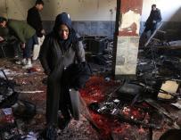 El grupo Estado Islámico se atribuyó el atentado al centro cultural de Kabul. EFE / H. Amid