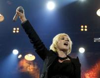 La cantante Dolores O' Riordan durante un concierto de The Cranberries. EFE