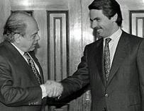Rajoy quiere imitar a Aznar: se ha estudiado cómo fue investido en el 96 para repetir su estrategia