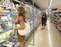 Desde el comienzo de la crisis, destinamos mucho más tiempo en los supermercados para hacer la compra, para ahorrar más.