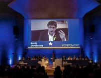 Carles Puigdemont (c), interviene durante el consell nacional del partido en plena polémica por su investidura a distancia, que ERC aún no ha garantizado. EFE/Quique García