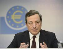 Draghi se muestra favorable a publicar las actas de las reuniones del BCE