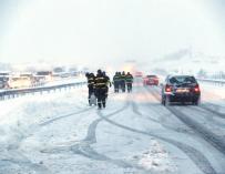 Fotografía de la nevada en la AP6