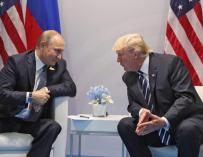 Donald Trump y Vladimir Putin en una reunión