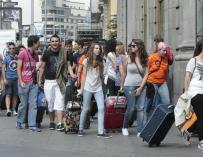 Cerca de 16.000 jóvenes dejaron de buscar un empleo en el segundo trimestre del año.