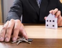 Cómo evitar un timo en el alquiler de tu vivienda