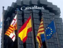 Fotografía de uno de los edificios de CaixaBank en Barcelona