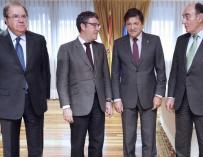 Reunión de Nadal (segundo por la izquierda) con presidentes autonómicos y con el presidente de Iberdrola.