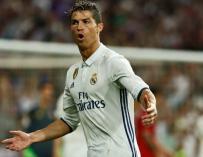 Cristiano Ronaldo celebra uno de sus goles al Sevilla