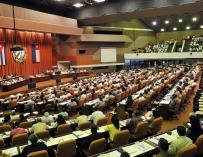Raúl Castro anuncia que se ampliará el trabajo por cuenta propia en Cuba