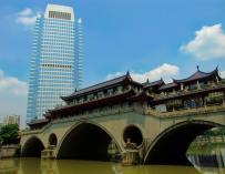Chengdu es uno de los nodos de la nueva ruta de la seda / Charlie fong.