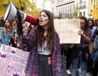 Las jóvenes gritan no a la violencia machista